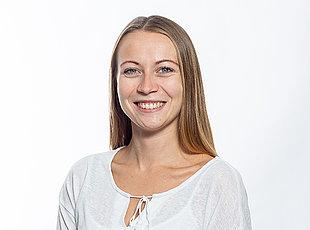 Mitarbeiterin Julia Burkhardt